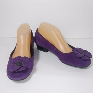 Life Stride Quiver Purple Suede Slip-On's 7.5M